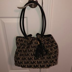 MK shoulder purse